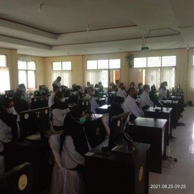 Pjs Sekda SBT Lepas 43 Peserta Pelatihan Dasar CPNS